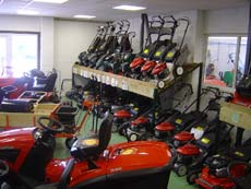 Showroom pp estates ltd for Gardening tools uckfield